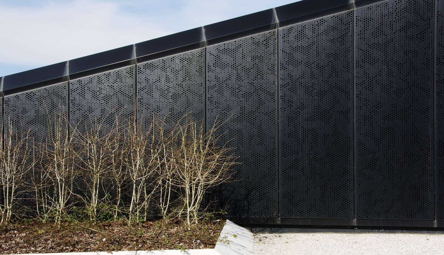 IMAR_Perforated panels
